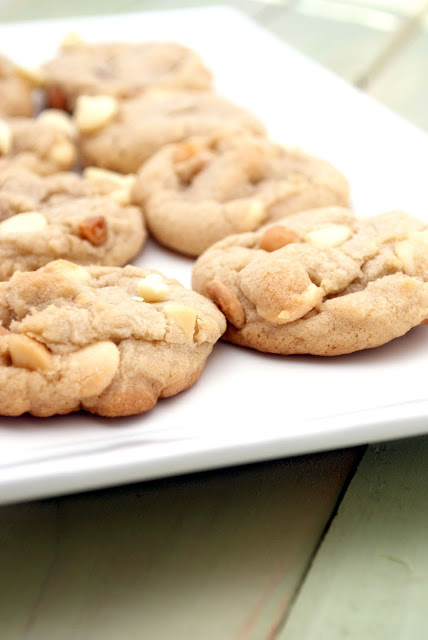 White Chocolate Macadamia Nut Cookies | Quick & Easy Recipes