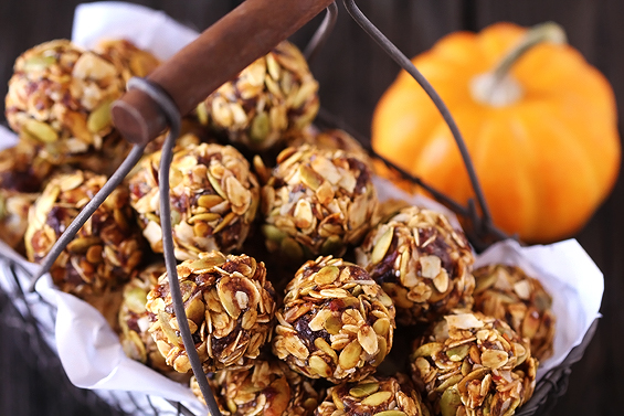 pumpkin-no-bake-energy-bites