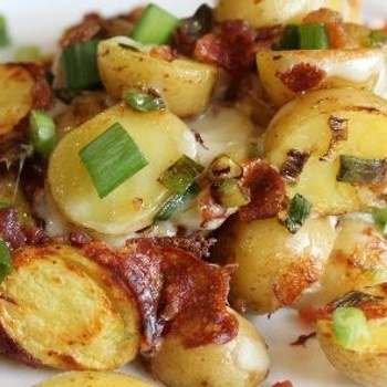 Crockpot-Bacon-Cheese-Potatoes