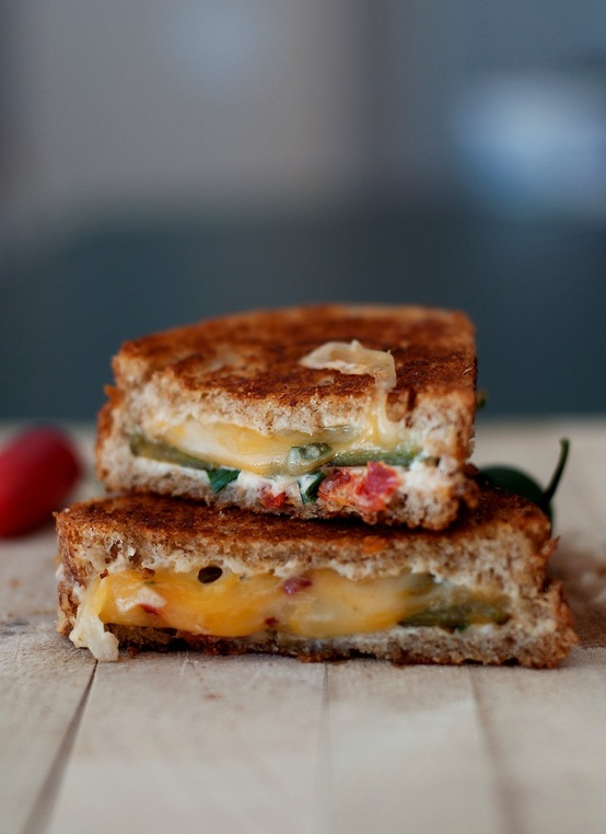 Jalapeno-Popper-Grilled-Cheese-Sandwich