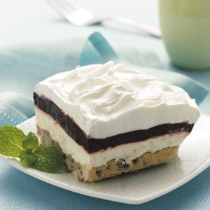 Layered-Chocolate-Pudding-Dessert
