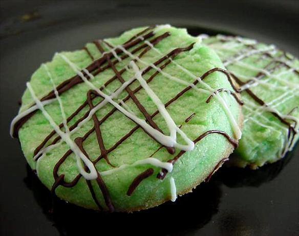 Mint-Shortbread-Cookies-Recipe
