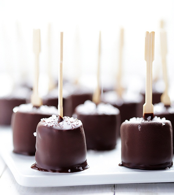Salted-Chocolate-Frozen-Banana-Bites