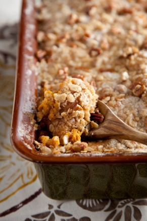 Sweet-Potato-Bread-Pudding-with-Pecan-Crumble