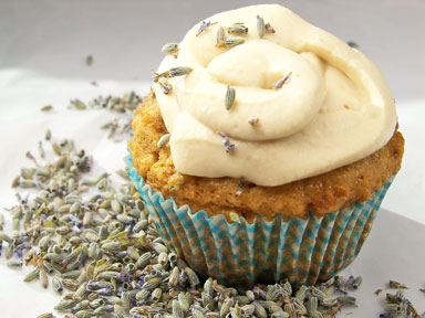 Poppy-Seed-Lavender-Cupcakes-Recipe