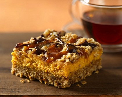 Pumpkin-Streusel-Cheesecake-Bars