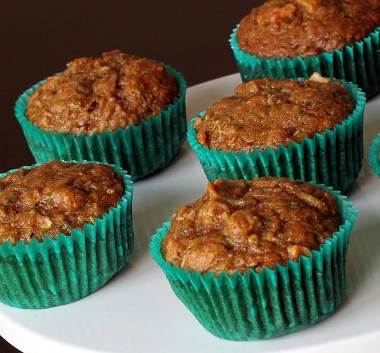 Zucchini-Apple-Muffins